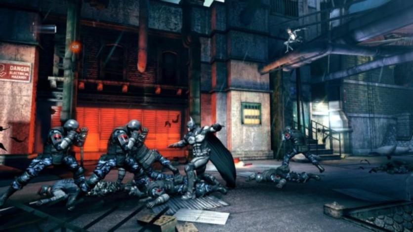 Screenshot 2 - Batman: Arkham Origins Blackgate - Deluxe Edition